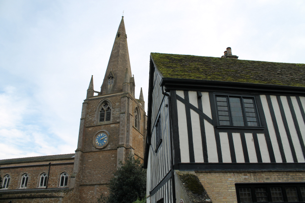 Oliver Cromwell House next to St. Mary's, Ely © Sophie Collard