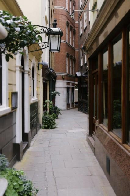 St. Michael's Alley © Simon Montgomery